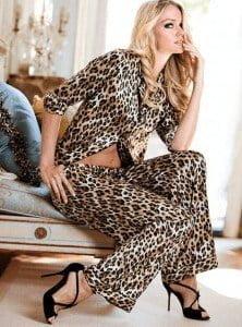 Buy Victoria Secret online in the US from overseas